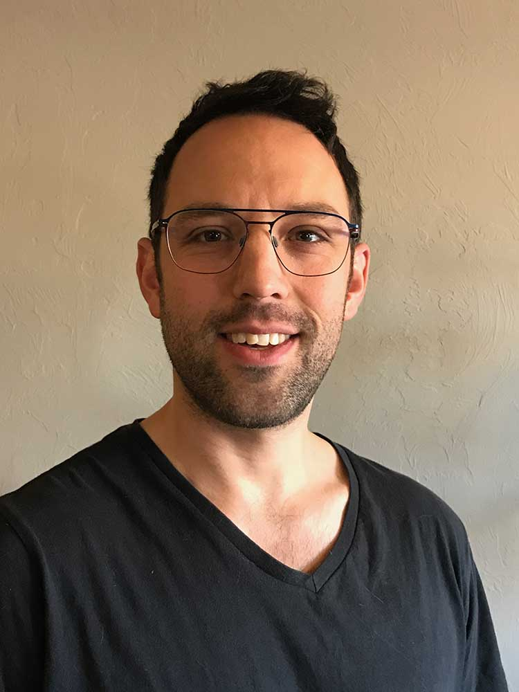 Zach Biegun : Spatial Medicine Teacher - Pilates & Yoga
